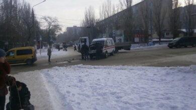 Водитель автомобиля, столкнувшегося с каретой скорой помощи, ищет свидетелей ДТП! | Корабелов.ИНФО