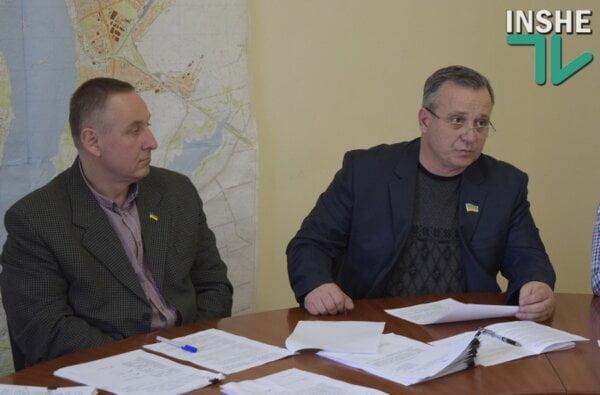 На улице Айвазовского одна фирма хочет построить ж/д ветку, другая - трубопровод (ВИДЕО)   Корабелов.ИНФО