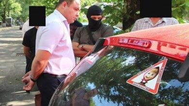 Суд подовжив обмеження для екс-керівника Жовтневої податкової, підозрюваного у хабарництві | Корабелов.ИНФО