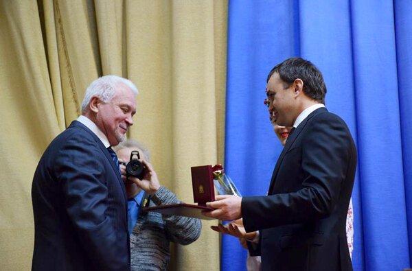 Руководителей порта «Ника-Тера» Верховная Рада наградила грамотами | Корабелов.ИНФО image 2