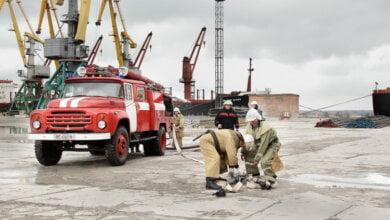 В порту «Октябрьск» провели тренировки по ликвидации последствий возможных аварий | Корабелов.ИНФО image 1
