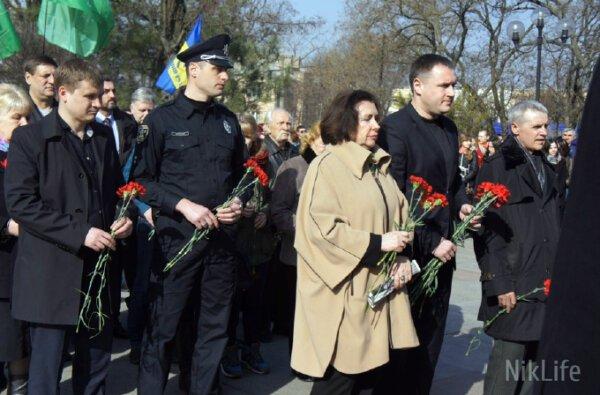 В годовщину рождения великого Кобзаря в Николаеве вспоминали узниц Савченко и Тимошенко   Корабелов.ИНФО