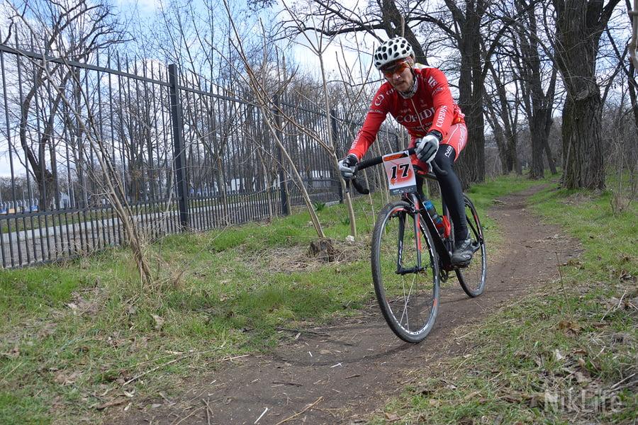 Photo of «Гонка Победы»: велосипедисты накатали 800 км по николаевскому бездорожью