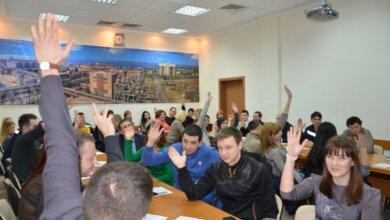 Молодые николаевские металлурги определили приоритеты и выбрали лидера | Корабелов.ИНФО image 1
