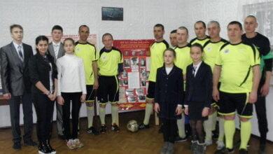 В память об освобождении Николаева военные моряки, портовики и школьники сыграли в Корабельном районе в футбол | Корабелов.ИНФО image 3
