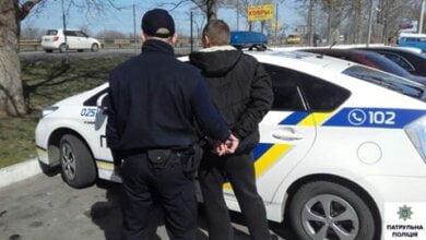 За годину в Корабельному районі патрульні затримали двох чоловіків, в кожного з яких був шприц з наркотиком | Корабелов.ИНФО image 2