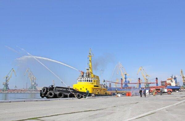 У спецпорту «Октябрьск» відпрацювали ліквідацію пожежі судна   Корабелов.ИНФО image 3