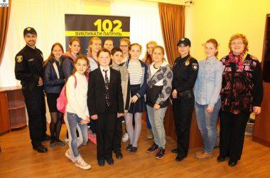 В Управлении патрульной полиции Николаева нашли индивидуальные слова для юных журналистов из Корабельного района | Корабелов.ИНФО image 2
