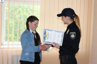 В Управлении патрульной полиции Николаева нашли индивидуальные слова для юных журналистов из Корабельного района | Корабелов.ИНФО image 4
