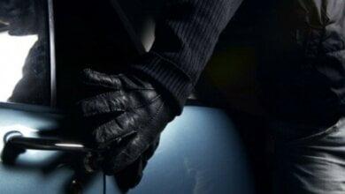 Photo of «Массово пошло воровство из машин», — жители Корабельного района