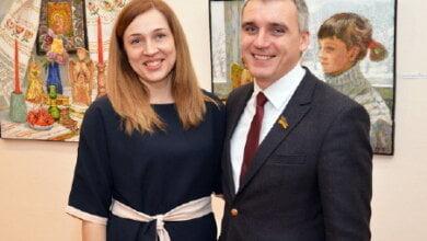 За год доходы жены мэра выросли в 6 раз, а сам Сенкевич разбогател почти на 300 тысяч | Корабелов.ИНФО image 1
