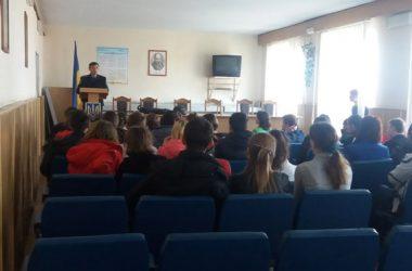 Школярі побували в Корабельному відділі поліції | Корабелов.ИНФО image 2