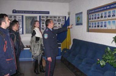Школярі побували в Корабельному відділі поліції | Корабелов.ИНФО image 3