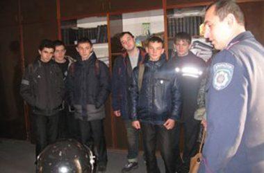 Школярі побували в Корабельному відділі поліції | Корабелов.ИНФО image 4
