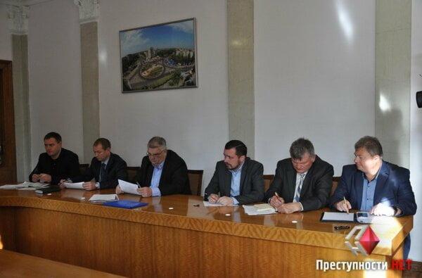 Мэр Николаева отчитал глав районных администраций   Корабелов.ИНФО