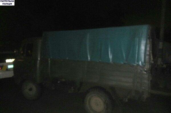 В Корабельному районі поліція затримала УАЗ, який перевозив бочку з невідомим паливом   Корабелов.ИНФО image 2
