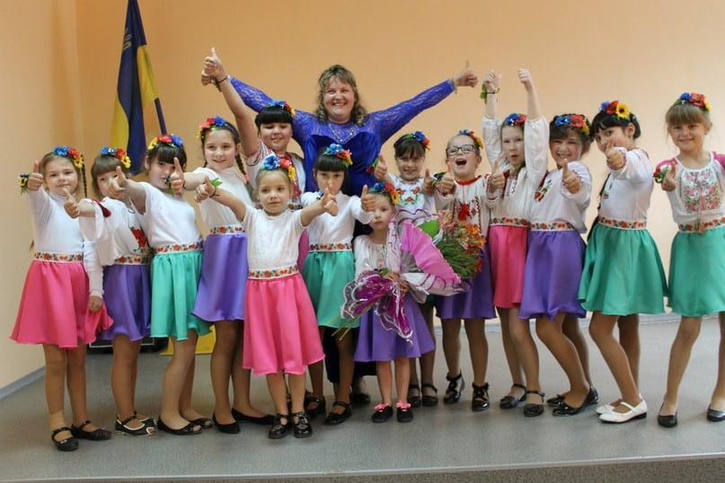 Вокалісти зі шкіл №14 та №44 підготували святковий виступ до родинного свята   Корабелов.ИНФО image 3