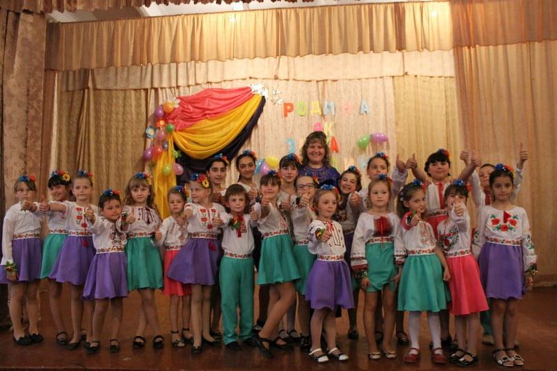 Вокалісти зі шкіл №14 та №44 підготували святковий виступ до родинного свята   Корабелов.ИНФО image 4