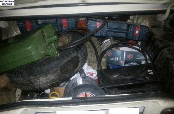 """В Николаеве полиция """"застукала"""" автоворов. Те от неожиданности застыли на месте   Корабелов.ИНФО image 1"""