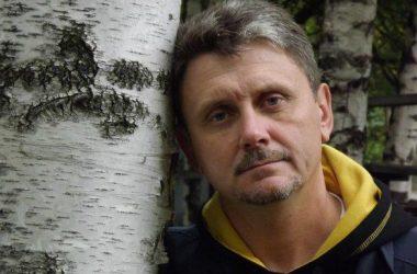 «Теперь кровь наших пацанов на ваших руках» - николаевский десантник осудил горожан за георгиевские ленты | Корабелов.ИНФО