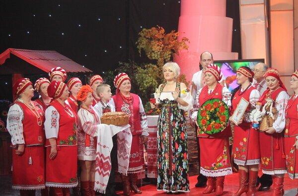 Вокальний ансамбль «Вітовчани» виступив на національному телебаченні у зйомках програми «Фольк-music»   Корабелов.ИНФО image 1