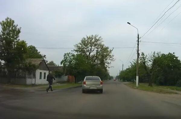 """""""Догнать или перегнать?!)) У мужика авто сбежало!"""" - случай в Корабельном районе (Видео)   Корабелов.ИНФО"""