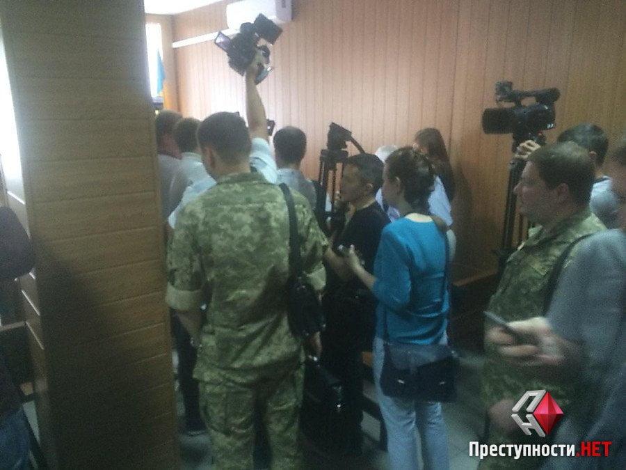 Пойманнный на взятке и сбежавший из больницы Романчук появился в суде | Корабелов.ИНФО image 3