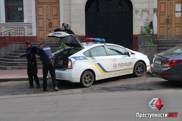 В Николаеве из-за форума партии соратника Януковича произошли столкновения в бизнес-центре - есть пострадавшие   Корабелов.ИНФО image 2