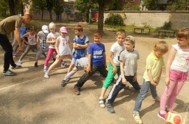 Весело проходить відпочинок дітей у пришкільних таборах   Корабелов.ИНФО image 8