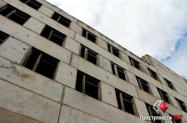 В Николаеве на стройке, где нашли Оксану Макар,  насмерть разбился  мальчик | Корабелов.ИНФО image 1