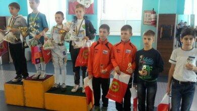 Photo of «Результаты не заставили себя ждать», — в Корабельном районе гордятся своими юными фехтовальщиками