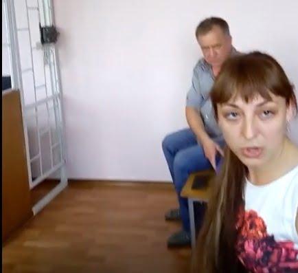 mamochki-hotyat-na-odnu-noch-video