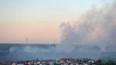 Photo of Третий раз с начала лета горит свалка в Витовском районе под Николаевом (видео)