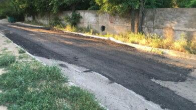 Photo of «Ни копейки бюджетных денег на это не потрачено». Глава района Цуканов — о жалобах жителей на дорогу по ул. Рыбной