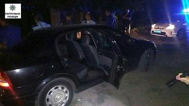 Photo of У Корабельному районі затриманий намагався розтоптати ногою шприци з опієм