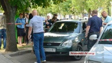 Photo of В Николаеве у банка расстреляли автомобиль: похищено 2,5 млн. грн.