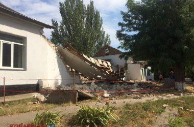 Через 3 часа после визита комиссии в вечернюю школу в Корабельном районе рухнула стена спортзала (ВИДЕО) | Корабелов.ИНФО image 2