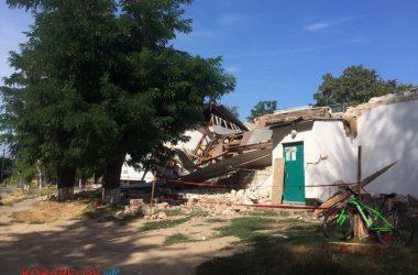 Через 3 часа после визита комиссии в вечернюю школу в Корабельном районе рухнула стена спортзала (ВИДЕО) | Корабелов.ИНФО image 3