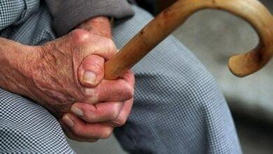 В Николаеве 93-летний дедушка отдал мошеннице 134 тысячи гривен, 16 тысяч долларов и 4 тысячи евро | Корабелов.ИНФО