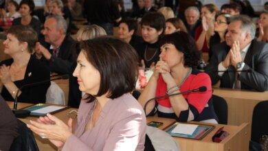 Нагороджені кращі в Миколаєві працівники освітньої галузі, у тому числі педагоги з Корабельного району | Корабелов.ИНФО image 2