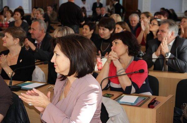 Нагороджені кращі в Миколаєві працівники освітньої галузі, у тому числі педагоги з Корабельного району   Корабелов.ИНФО image 2