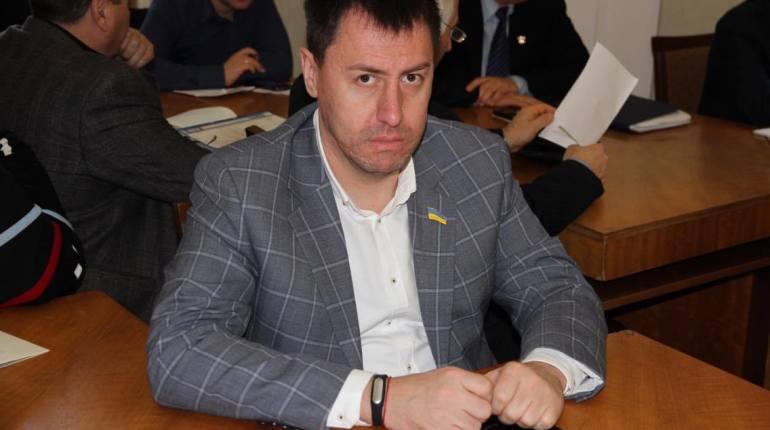 Photo of «Николаевлифт» подал в суд на депутата Ентина за «безосновательное и надуманное» обвинение