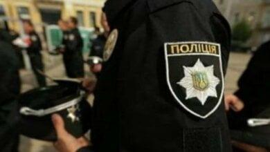 Полицейский получил два ножевых ранения, вмешавшись в драку в центре Николаева   Корабелов.ИНФО
