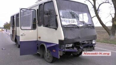 На трассе Одесса-Николаев автобус врезался в автоцистерну: пострадали девять человек   Корабелов.ИНФО