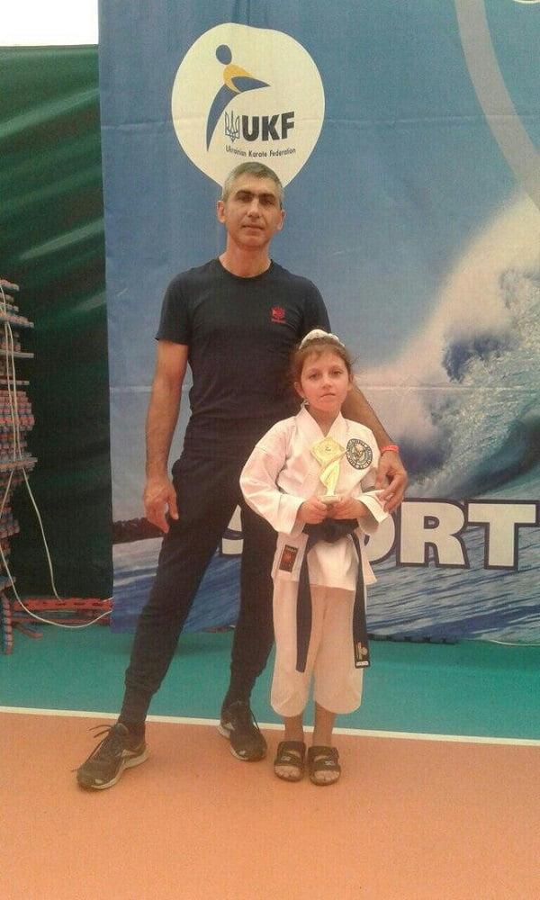 Васюк Марина , победитель международного кубка Черного моря по каратэ