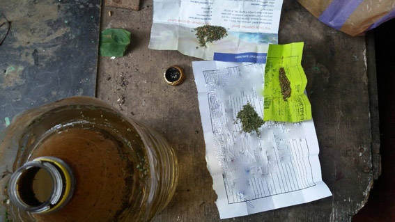 Наркоманы в Корабельном районе хотели напасть на полицейских, которые выявили наркопритон. Пришлось стрелять   Корабелов.ИНФО image 3