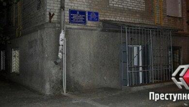 В Николаеве задержали инспектора полиции, вымогавшего взятку за разрешение на оружие | Корабелов.ИНФО