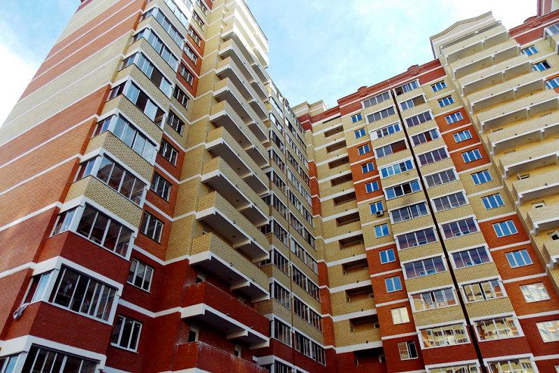 """Photo of """"Слуги народа"""" хотят запретить аренду или продажу недвижимости без """"проверенных"""" риелторов"""