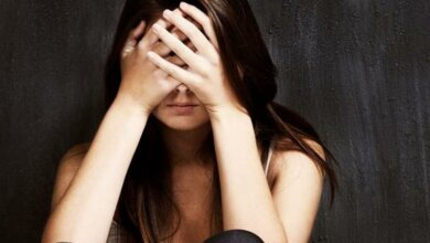 В Николаеве неизвестный в пять часов утра, провожая девушку домой, изнасиловал ее и ограбил   Корабелов.ИНФО