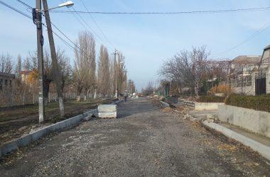В Корабельном районе продолжают ремонтировать дороги и сети уличного освещения   Корабелов.ИНФО